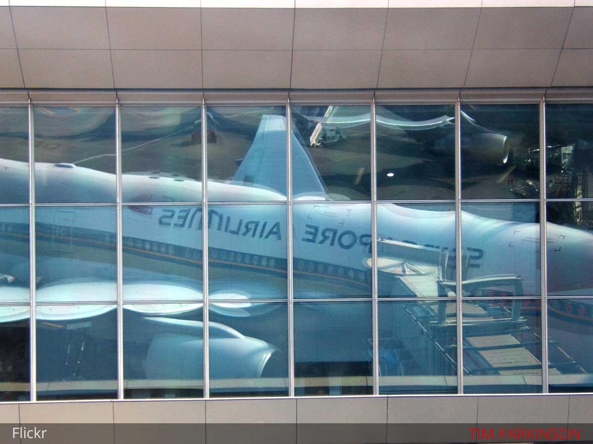 flights-singapore-f1